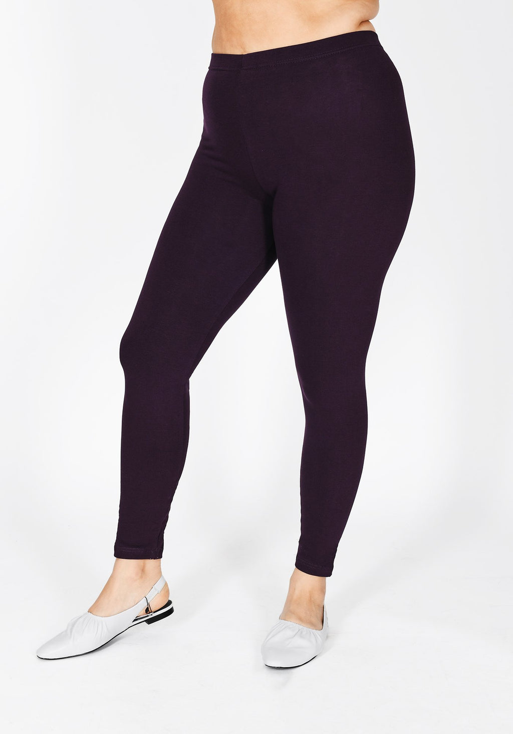 Classic Plus Size Acai Purple Leggings 1