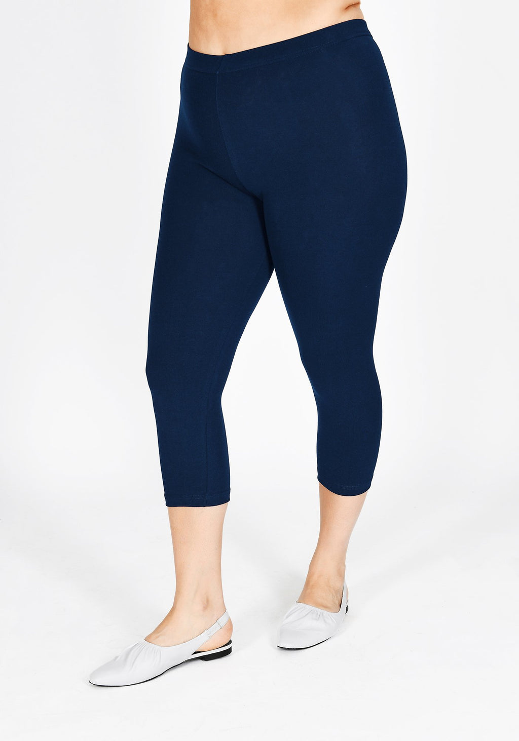 Plus Size Navy Blue Cropped Leggings 1