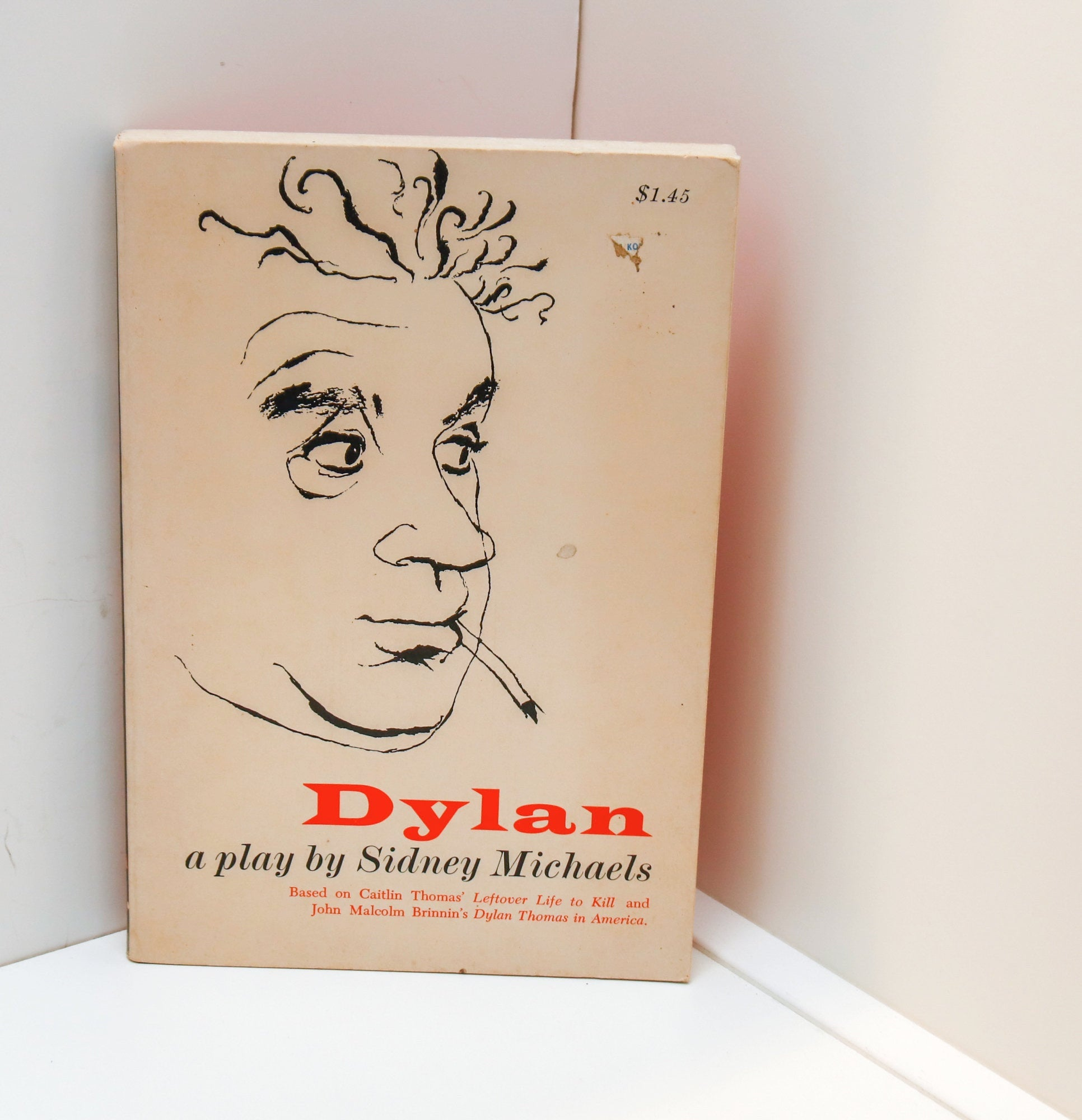 Dylan - A Play [1964] First edition by Sidney Michaels Alec Guiness won the Tony for Best Actor