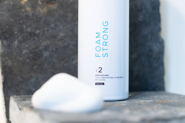 Styling Foam Strong + Gratis Finish Spray Strong