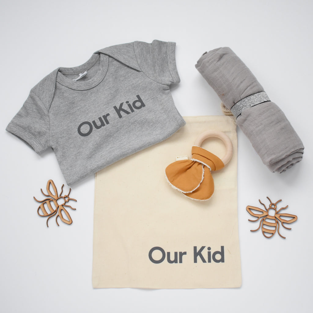 OUR KID BUNDLE - Our Kid Slogan Vest in Grey with Large Grey Muslin and Fabelab Teether