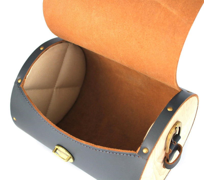 cross body box bag