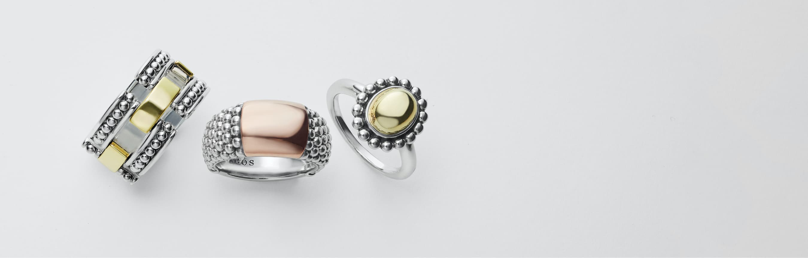 Rings from left to right: Caviar Gold Diamond Color Switch ring in blue, 2 Caviar Spark Diamond Ringe in silver, blue ceramic Caviar Diamond Ring.