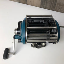 Load image into Gallery viewer, *On Sale. Miya Epoch US-19 Electric Reel.