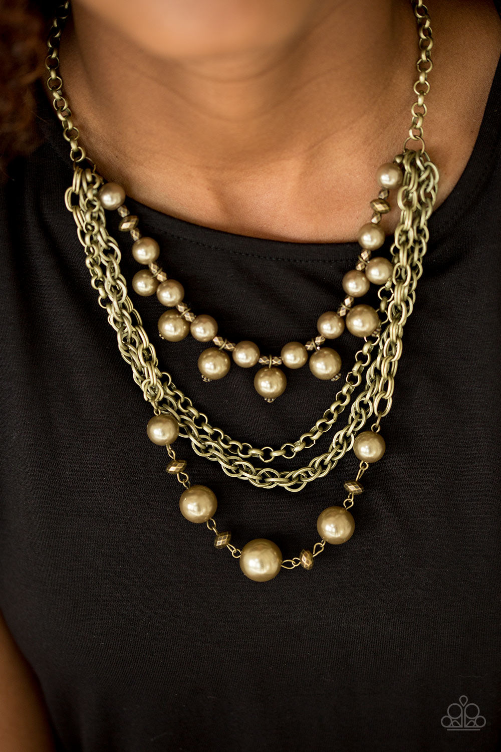 Urban Riches - Brass Paparazzi Necklace - SavvyChicksJewelry