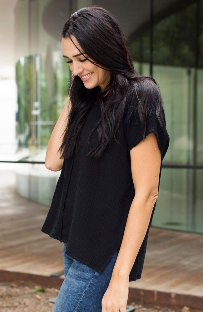 GO-GETTER BLACK GAUZE V-NECK TOP - ShopLawson