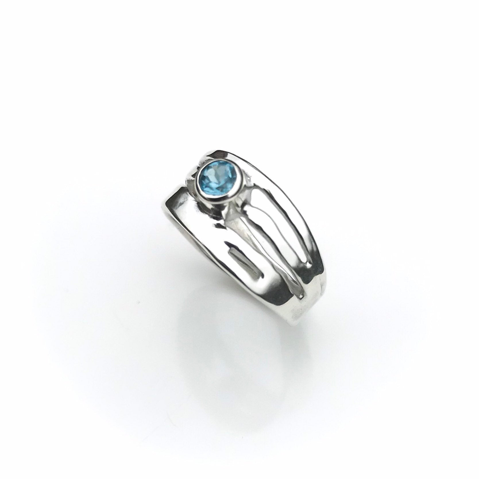 Sterling Silver London Blue Topaz Ring - Organic Design