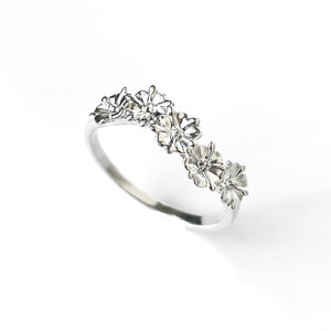 Sterling Silver Elderflower Wave Ring