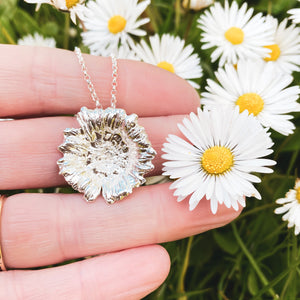 Large Silver Daisy Necklace