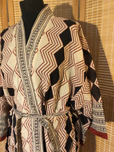 Load image into Gallery viewer, Women's natural hand block printed geometric short cotton kimono dressing gown