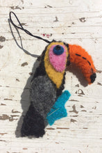 Load image into Gallery viewer, Nepalese felt hanging Toucan decoration