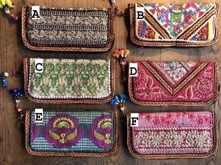 Purse - Decorated embroidered Indian clutch purse - Large