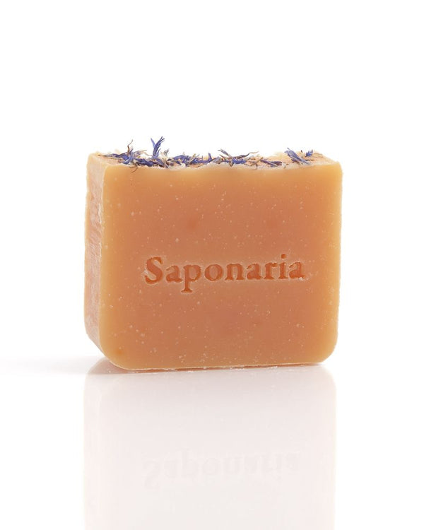 Saponaria Honeysuckle Soap