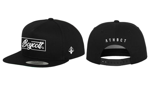 "A.H.B. BLK ""CALIGRAPHY LETTERING BOX"" SNAPBACK   COD :  020-149-003"
