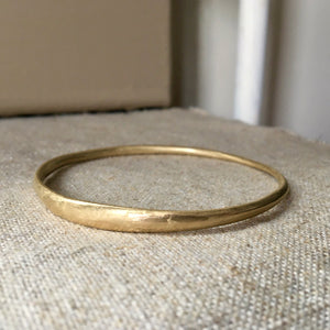 thin drawn bracelet