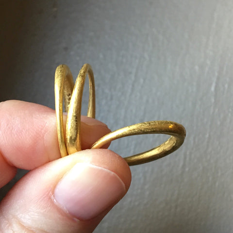 thin tapered band