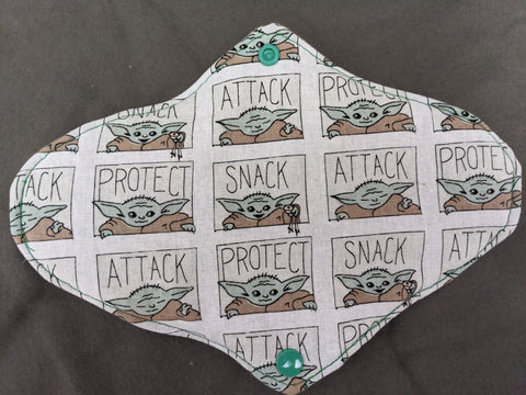 Baby Yoda Protect Attack Snack Standard Pad