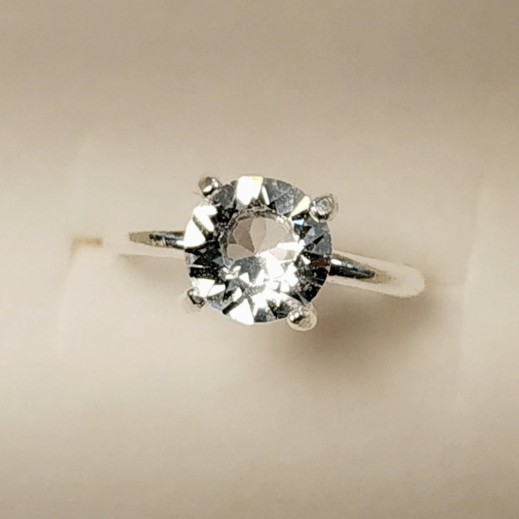https://josefacreations.com/products/bague-solitaire-argent-925-cristal-swarovski-ajustable