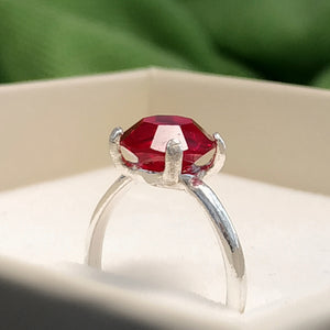 https://josefacreations.com/products/bague-solitaire-argent-cristal-swarovski-rouge.jpeg