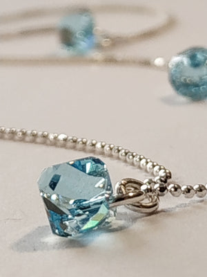 https://josefacreations/products/collier-chaine-pendentif-argent-925-cristal-swarovski-aquamarine.jpg