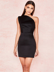 Sexy Pick Black One-Shoulder Bodycon Dress
