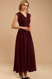 Dressystar women's v neck sleeveless wedding party gown 0050 burgundy more detail 2