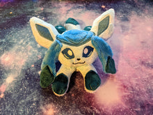 Load image into Gallery viewer, Glaceon Kuttari Beanie Plush