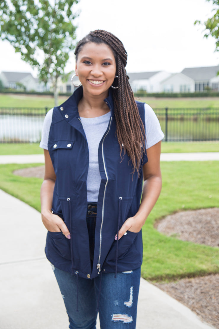 Seasonless Utilitarian Vest | Navy Blue