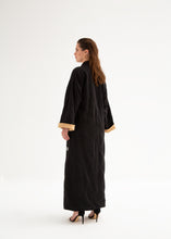 "Load image into Gallery viewer, REVERSIBLE ABAYA-KIMONO ""WESTERN SAKURA"""