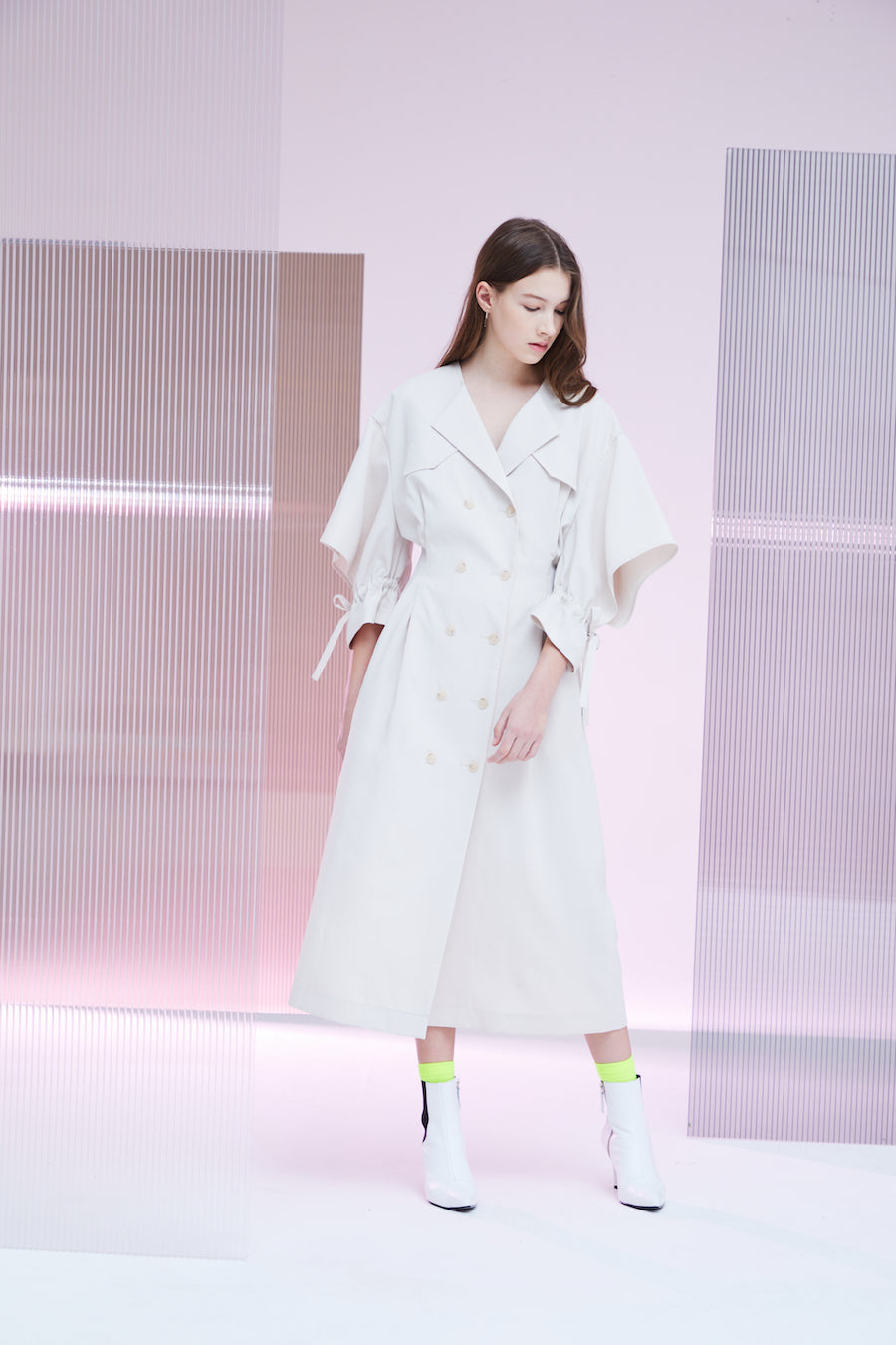 CUT VOLUME SLEEVE COAT-DRESS