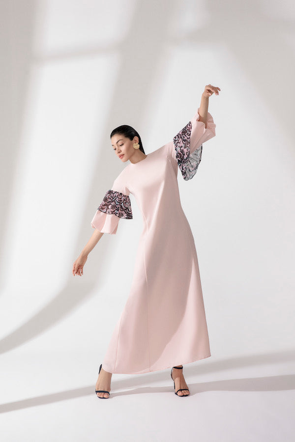 CREPE DRESS WITH BALOON SLEEVE