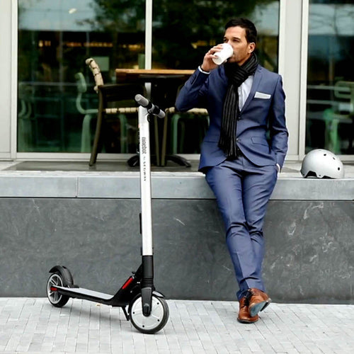 Segway Ninebot ES4 Electric Scooter / Kickscooter - Man-Kave