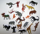 BAG OF 20 ASST ANIMAL KINGDOM PLASTIC MODELS ( SOLD by the bag ) closeout now $ 1 ea