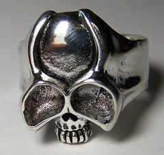 LARGE EYES HORNED SKULL HEAD BIKER RING (Sold by the piece) *