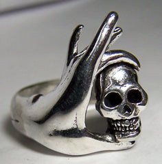 HAND WITH FINGERS HOLDING SKULL HEAD BIKER RING (Sold by the piece) *