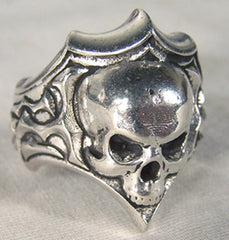 SKULL SHIELD DELUXE BIKER RING   (Sold by the piece) * CLOSEOUT 3.95 EA