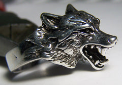WOLF FACE DELUXE SILVER BIKER RIN G (Sold by the piece)