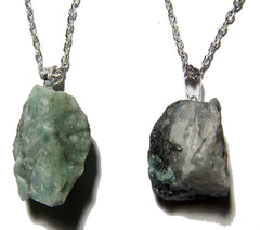 EMERALD ROUGH NATURAL MINERAL STONE 24 IN SILVER LINK CHAIN NECKLACE (sold by the piece or dozen )