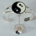 YIN YANG MALE & FEMALE SYMBOL SLAVE BRACELET W RING ON CHAIN (Sold by the piece)