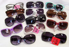 WINDY CITY ASSORTED DELUXE WOMENS SUNGLASS (Sold by the lot of 12 pieces)