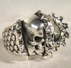 SPIKE SPLIT SKULL  BIKER RING  (Sold by the piece)