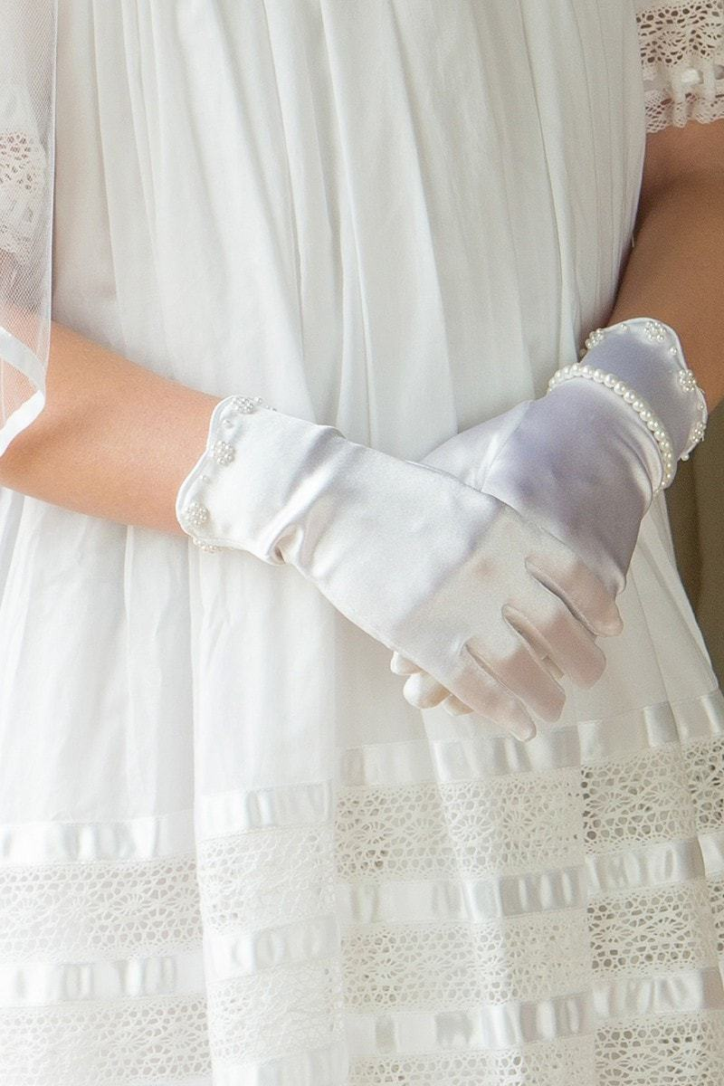 Satin Gloves with Pearls Strasburg Children