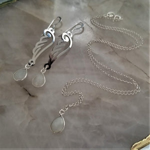 Moonstone Teardrop Necklace & Earring Set - Silver