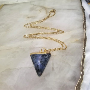 SODALITE TRIANGLE - GOLD