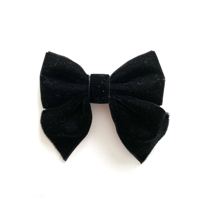 Velvet Bow hair clips (black)