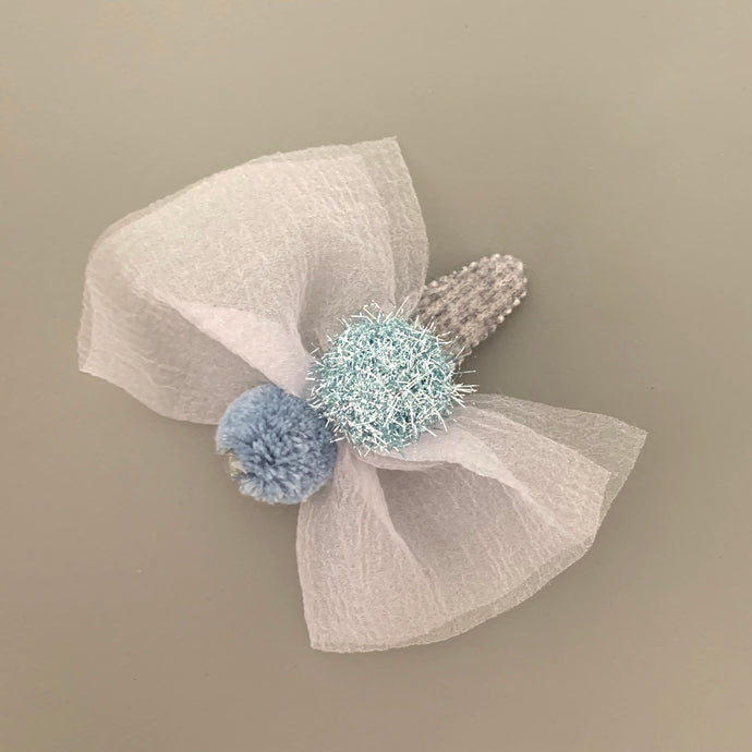 Knit pom pom hair slide (blue/silver)