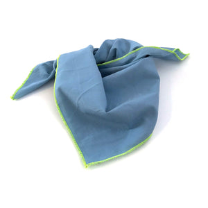 Scarf with neon piping (chambray)