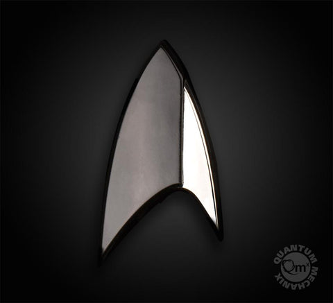 "STAR TREK™: DISCOVERY Magnetic Insignia Badge - Section 31 ""Black Badge"" (2018 Reservation)"