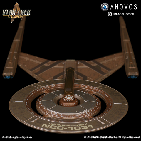 STAR TREK™: DISCOVERY U.S.S. Discovery NCC-1031 Collectible Ship Model (Pre-Order)