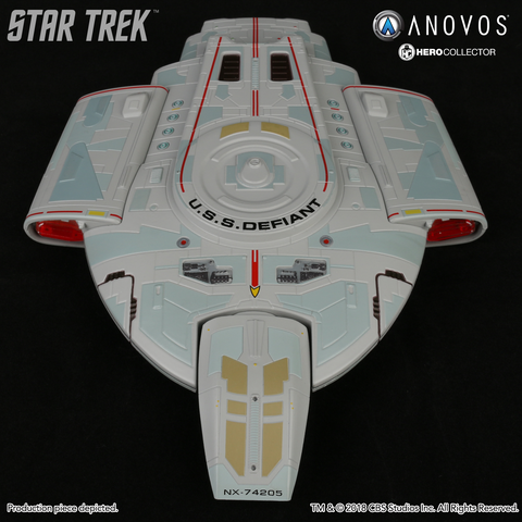 STAR TREK™: DEEP SPACE NINE U.S.S. Defiant NX-74205 Collectible XL Edition Ship Model (2018 Reservation)